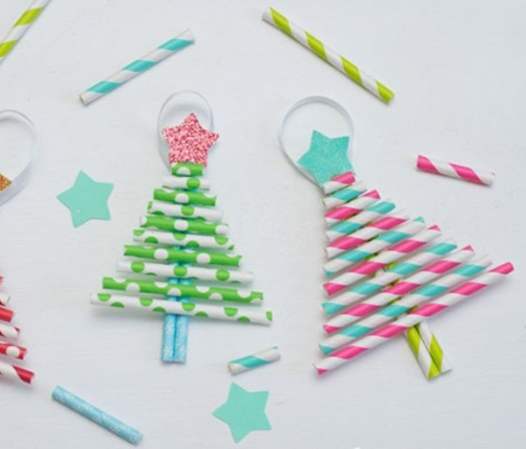 Little Christmas Tress Made From Straws.
