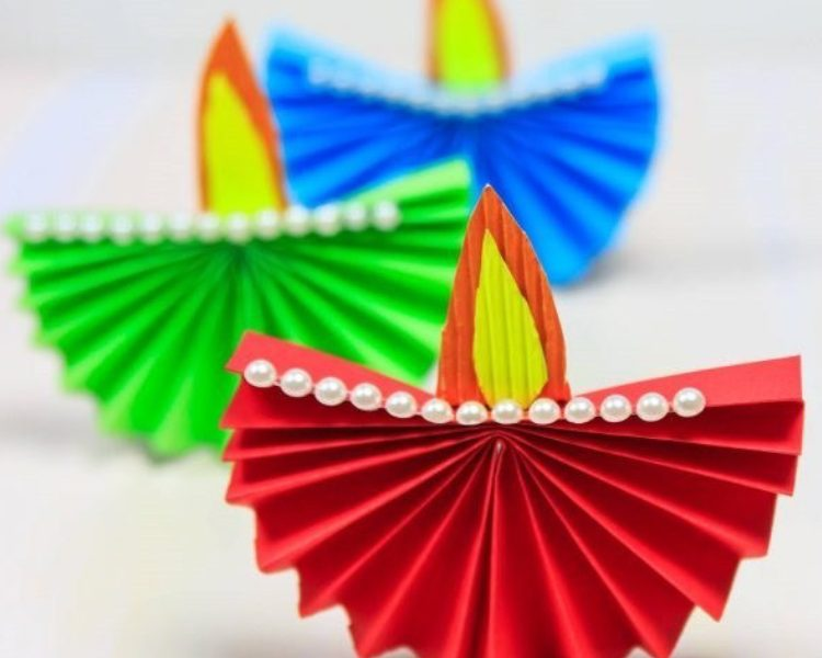 Don't Miss Out! The 10 Amazing kids Crafts for Diwali