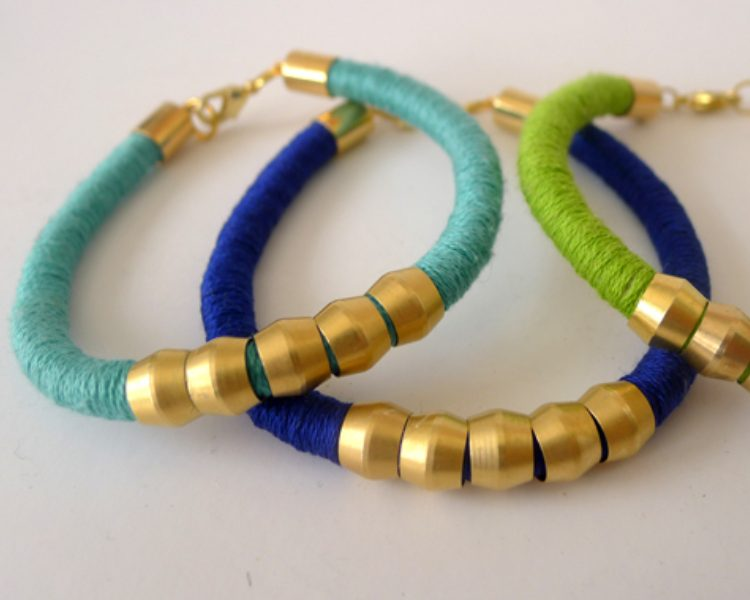 DIY Crafts Jewellery Bracelets Using Recycled Pop-Tops