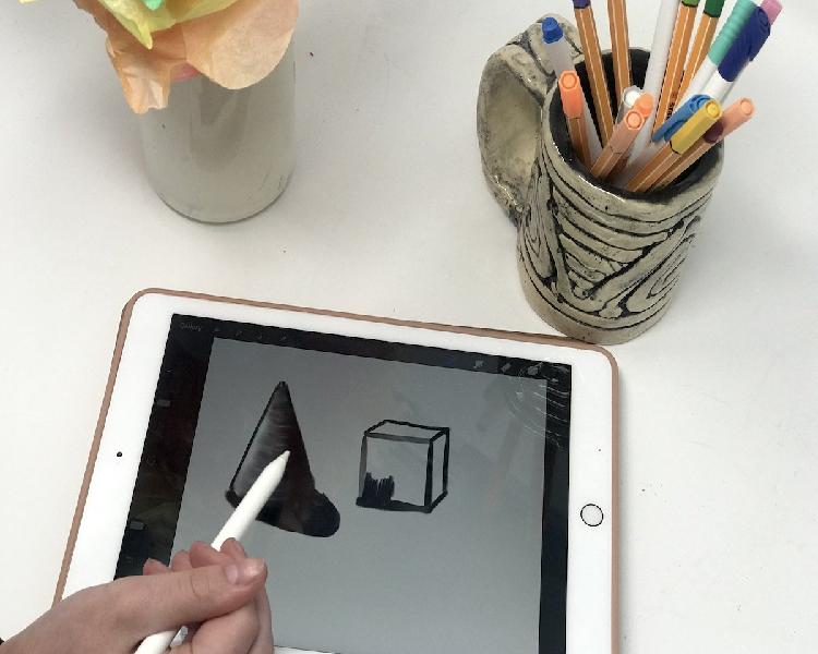 Technology Can Enhance the Art Room